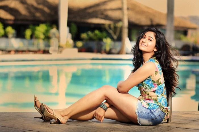 Poonam Bajwa Hot Navel Photoshoot Pictures