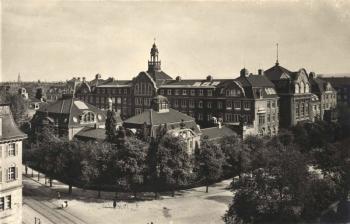 Staatliche Akademie für Kunstgewerbe und Kunstgewerbemuseum