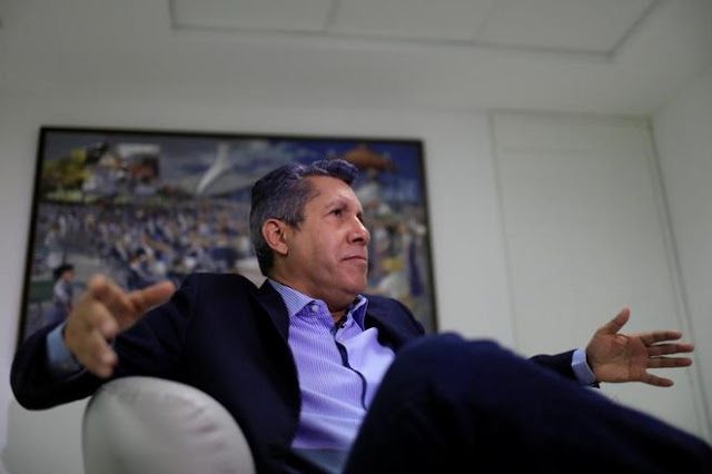 Henri Falcón, un opositor para 'salvar' a Nicolás Maduro