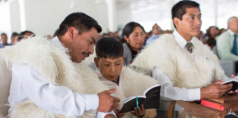 Svideteli Iegovy v ovechih shkurah