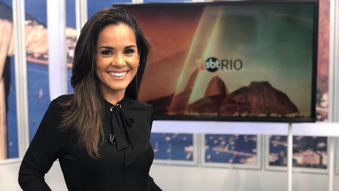 Após interesse da RecordTV, SBT renova com Isabele Benito por mais 4 anos.