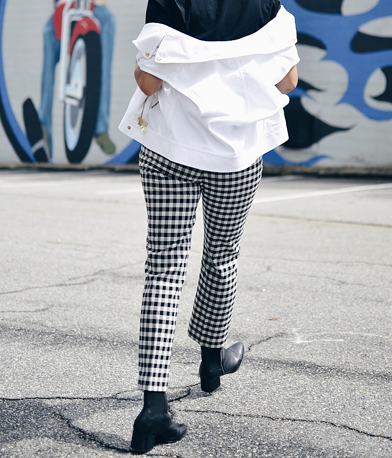 Outfit with gingham pants