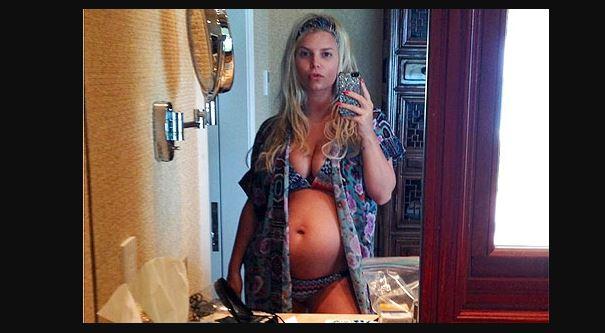 Jessica Simpson foto embarazo
