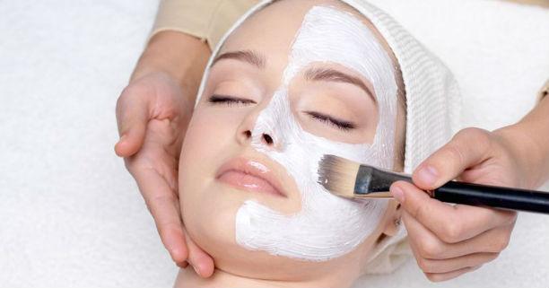 Masker Wajah Alami Untuk Mencegah Penuaan Dini