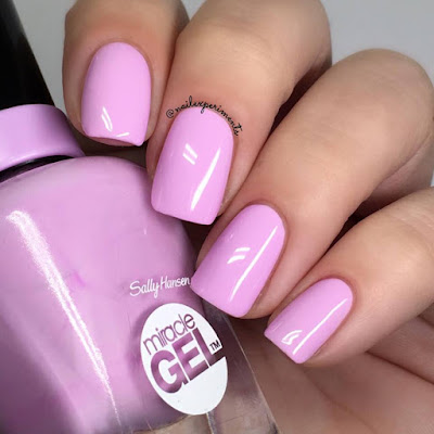 Sally Hansen Miracle Gel Orchid-ing Aside swatch Travel in Colour collection