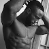 Shots fired! Model Ify Yolanda Jones comes for Iyanya and his abs