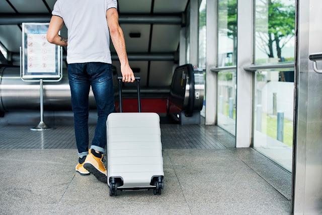 Cosas que nunca debes empacar para un viaje