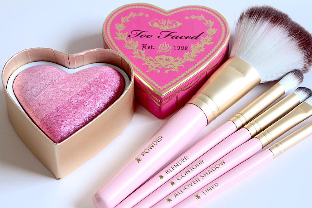 too faced kit pinceaux teddy bear blush sweethearts perfect blush flush something about berry avis test