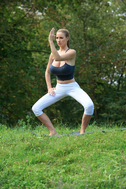 Jordan-Carver-Yoga-Hot-Sexy-HD-Photoshoot-Image-46