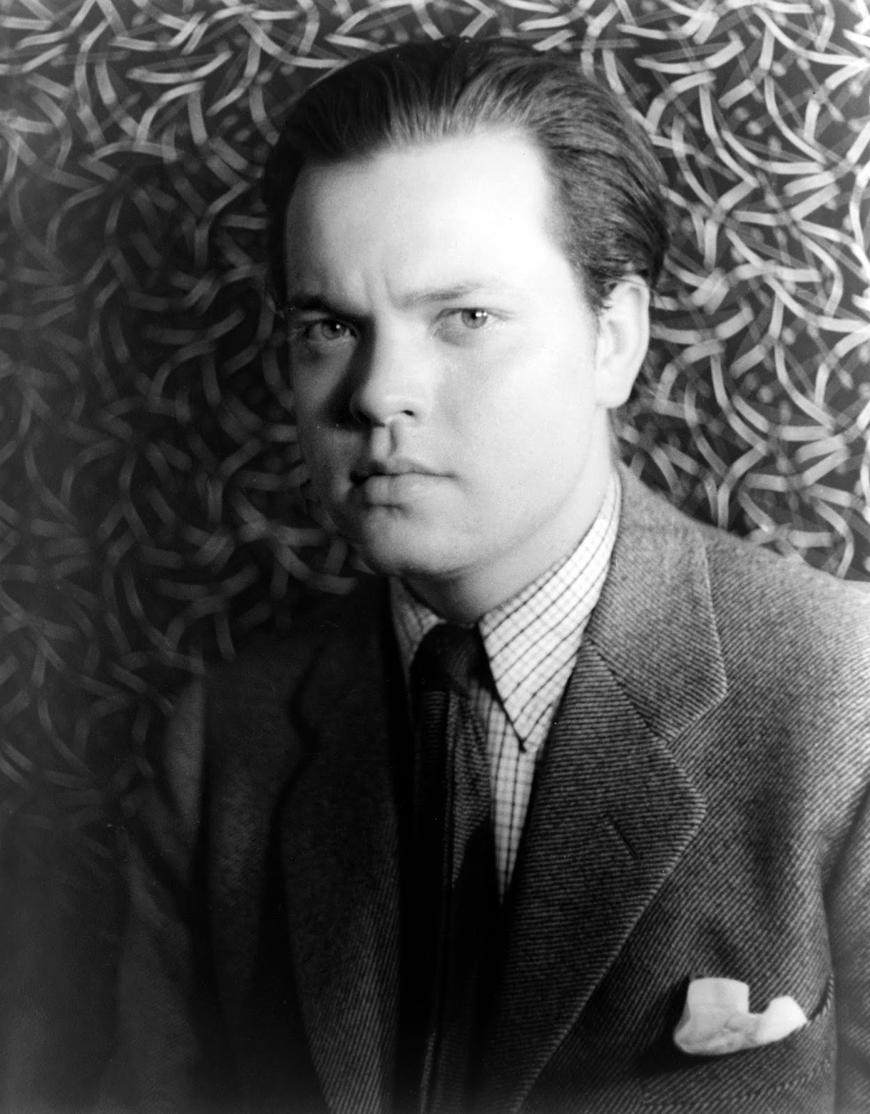 a biography of orson welles the innovator in the movie industry