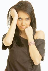10 selebriti cantik indonesia