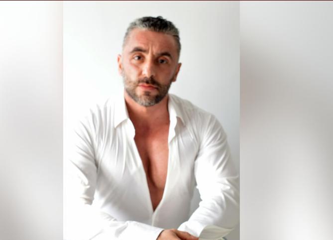 Men 50 dating riducule