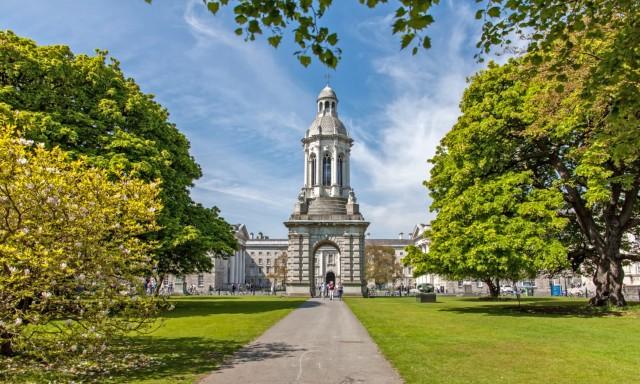 mercatini-di-natale-a-dublino-trinity-college-poracci-in-viaggio