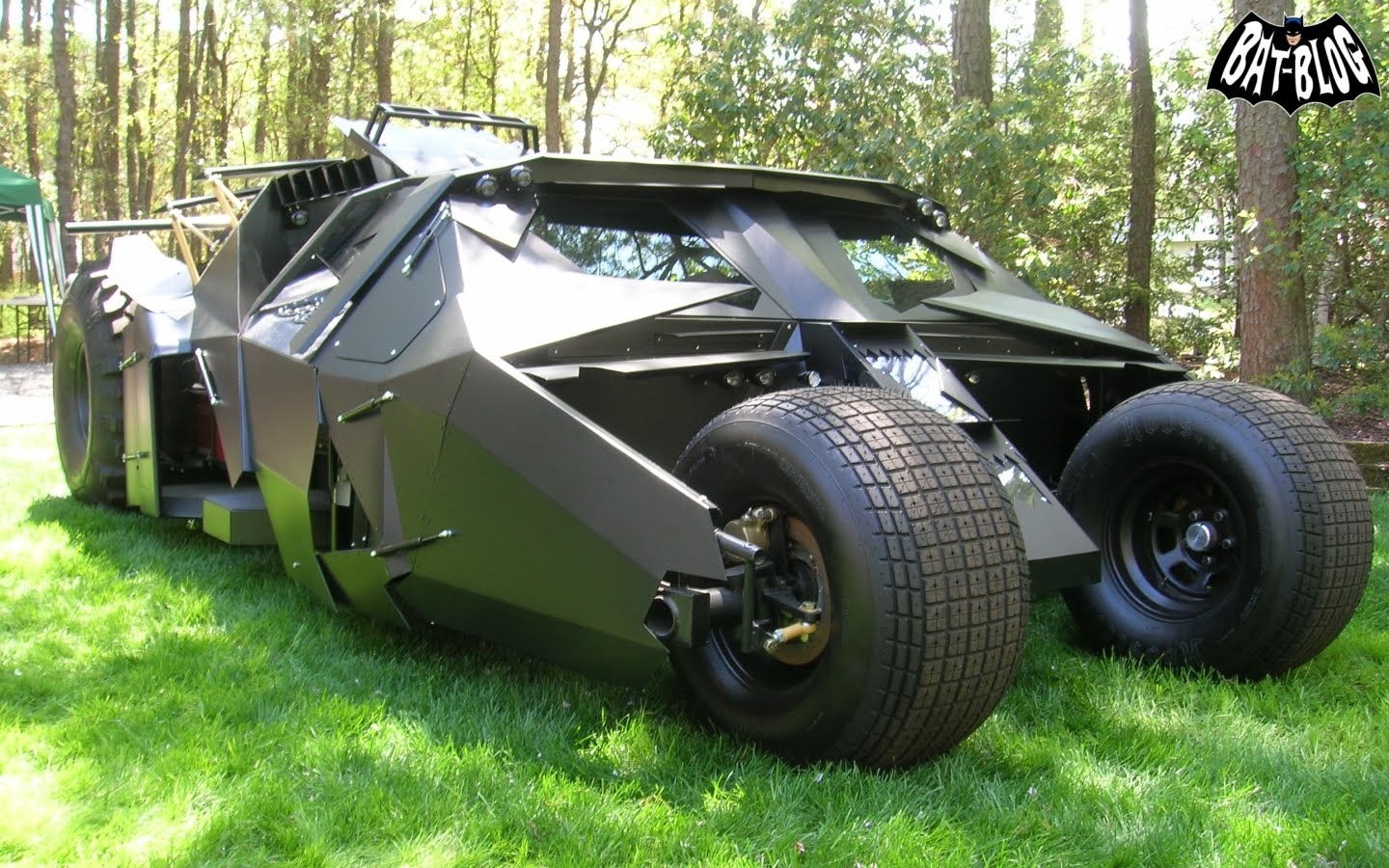 The Tumbler: The Dark Knight's Batmobile