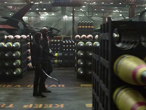 El armamento del Distrito 13 en Los juegos del hambre. Sinsajo parte 1 - Cine de Escritor