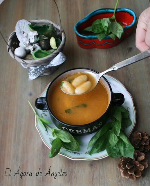 sopa, alubias, fabes, sopa de alubias