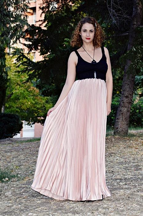 Outfit-Maxi-Falda-Plisada-2
