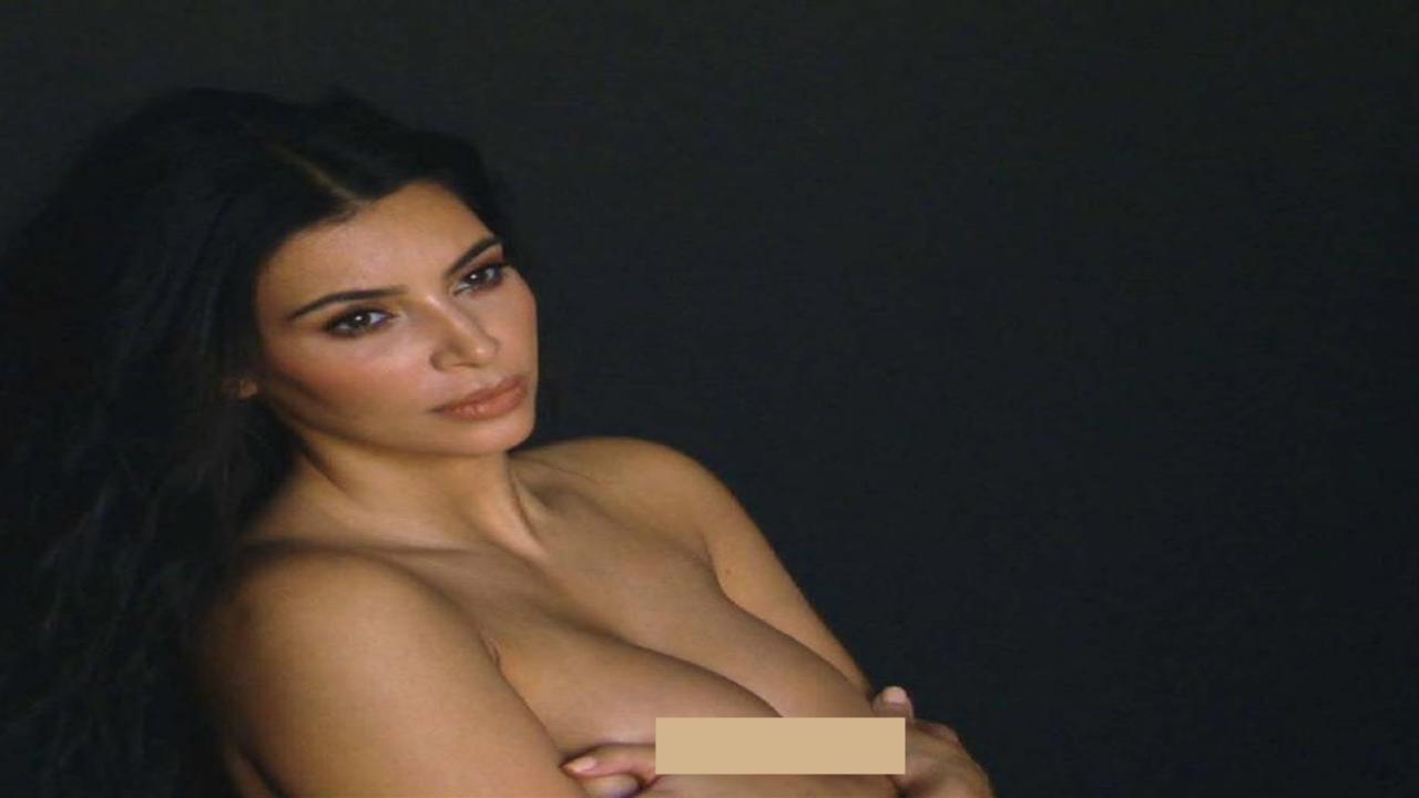 Kim Kardashian Naked Selfie Pics
