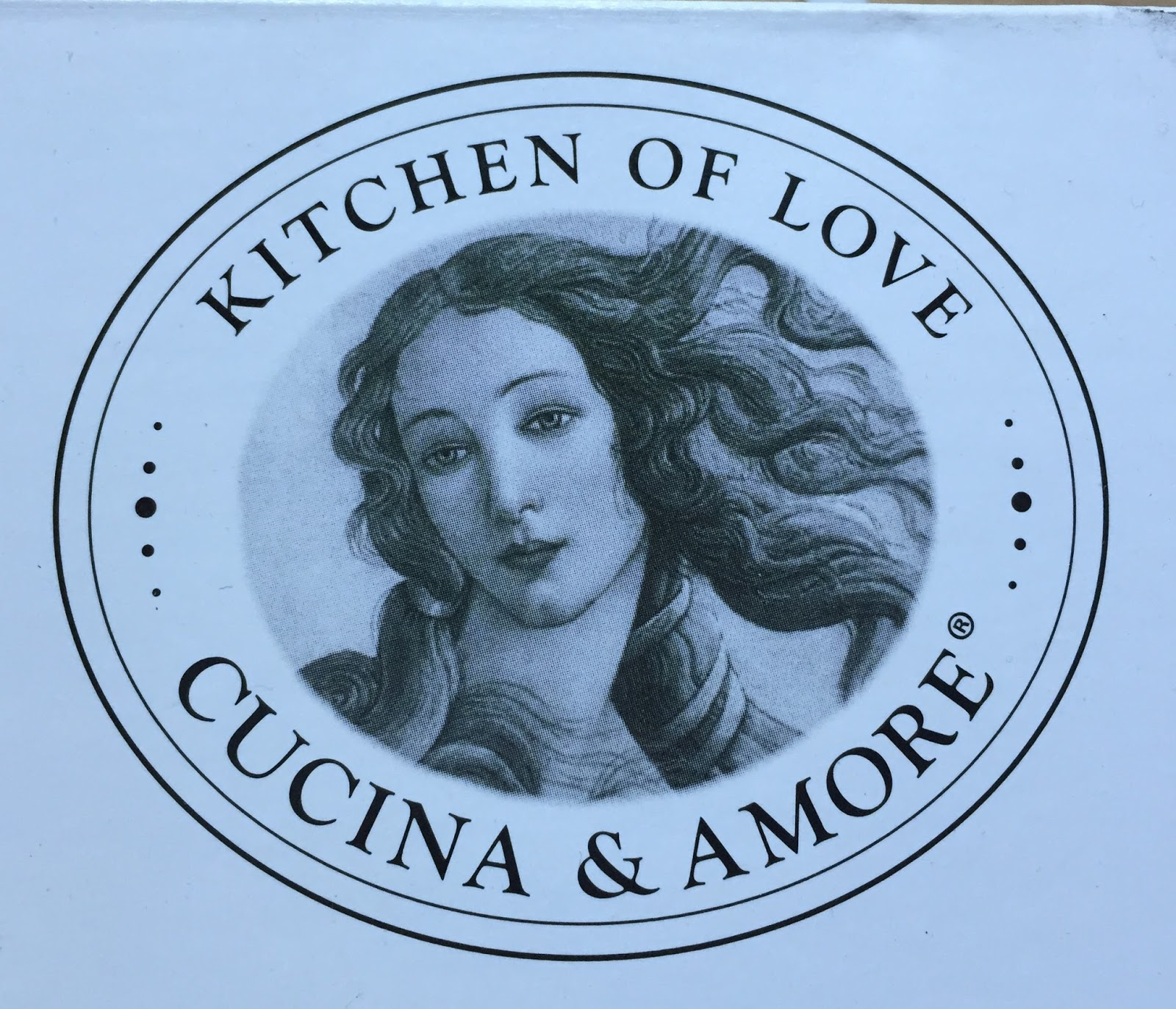 Cucina And Amore Quinoa Review The Healthy Eat On The Go Cucina Amore Quinoa Meals Jacket