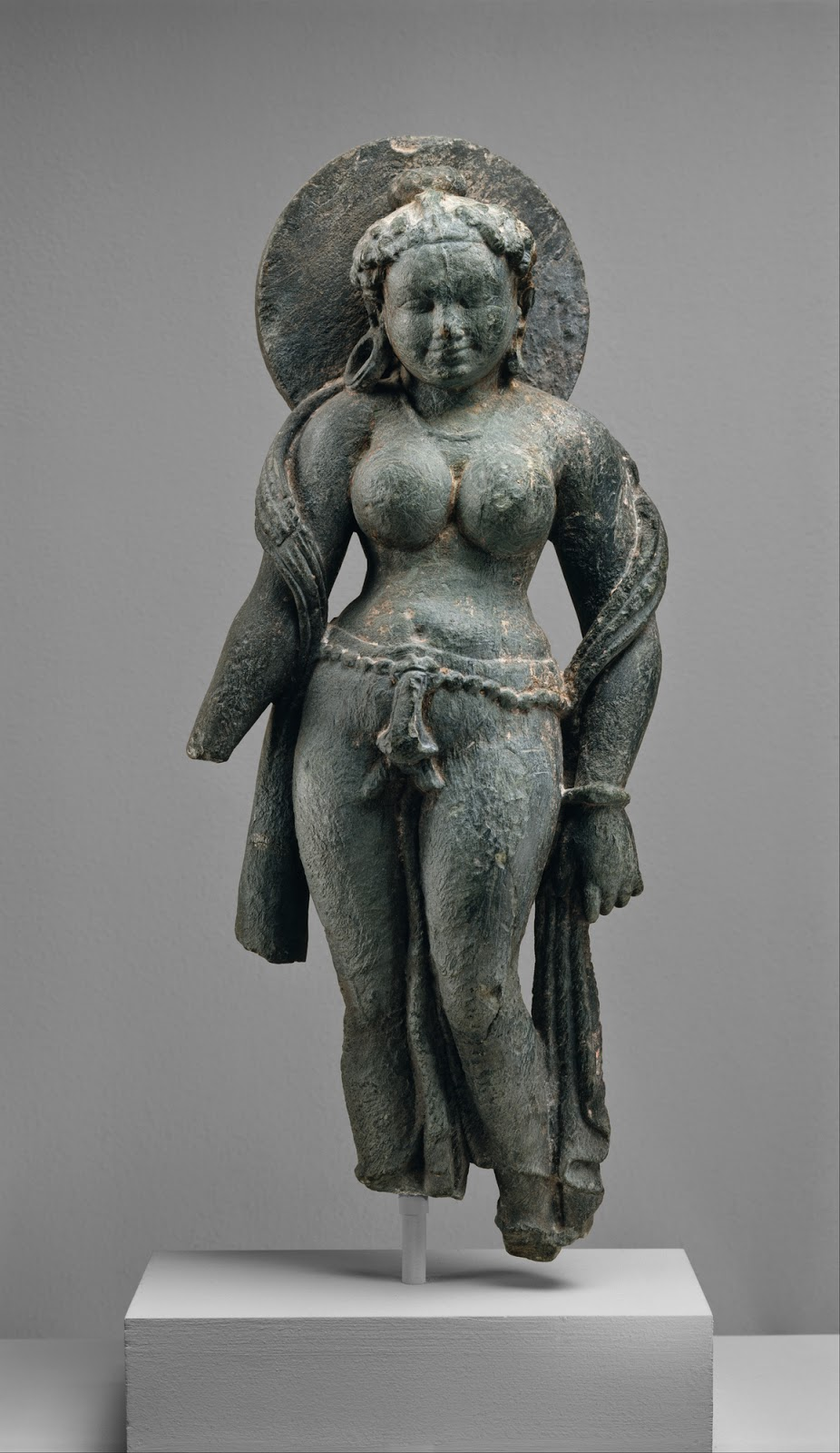 Talking Objects: The Ideal Nude and the Goddess in Indian ...