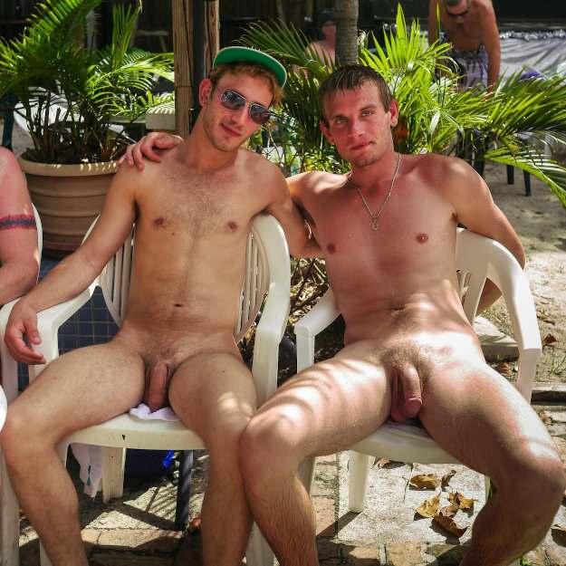 фото парни нудисты голые