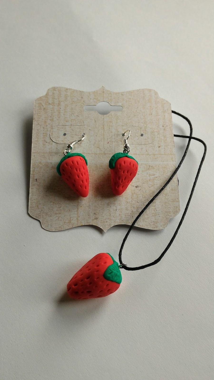 bijoux fimo fraise