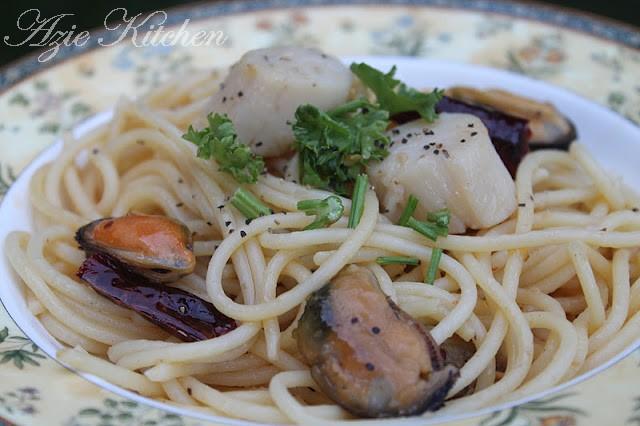 Seafood Spaghetti Aglio e Olio