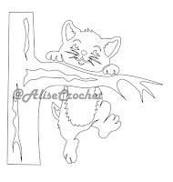 трафарет кот на дереве