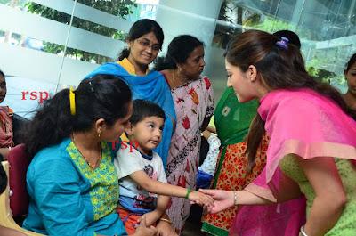 Mehreen-Kaur-Birthday-Celebrations-with-Cancer-Children-Apollo-Hospitals