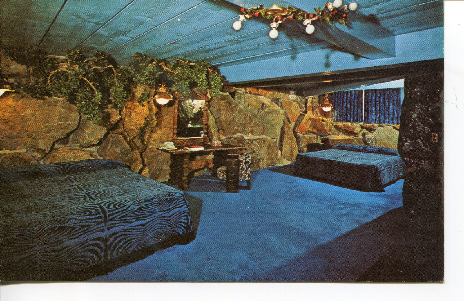 Ugly Motel Rooms Room Fit For A Caveman With Refined Taste
