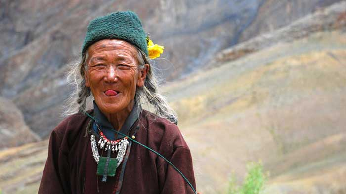 tibet tongue greeting