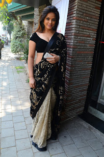 Neetu Chandra in Black Saree at Designer Sandhya Singh Store Launch Mumbai (73).jpg
