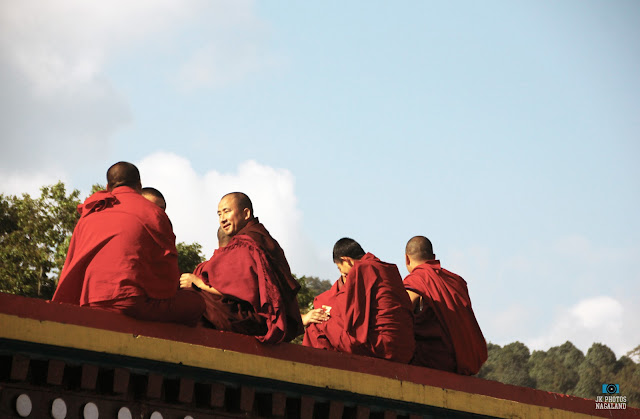 Buddhist-monks-at-Rumtek-Monastery