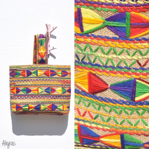 τσάντα με κέντημα, τσάντα από λινάτσα, τσάντα με λινάτσα, κατασκευές από λινάτσα,