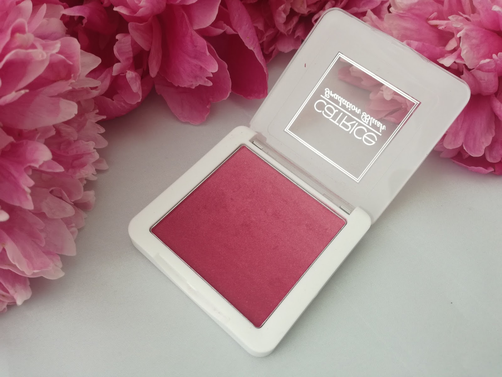 catrice-provocatrice-limited-edition-gradation-blush