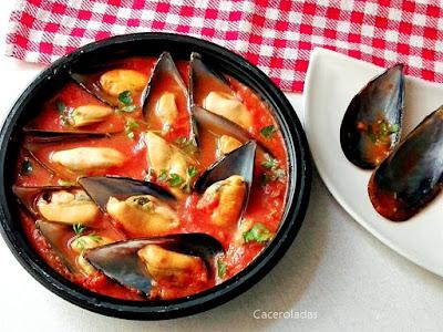 Mejillones con tomate