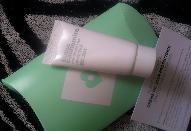 Blanc Cachemire Creme de jour protectrice moisturiser
