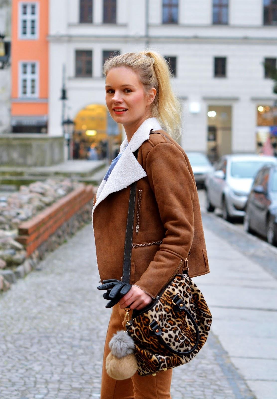 karmel, zamszowy, brąz, stylizacja, look, poznań, blog, blogger, zawszowe, spodnie, kurtka, buty
