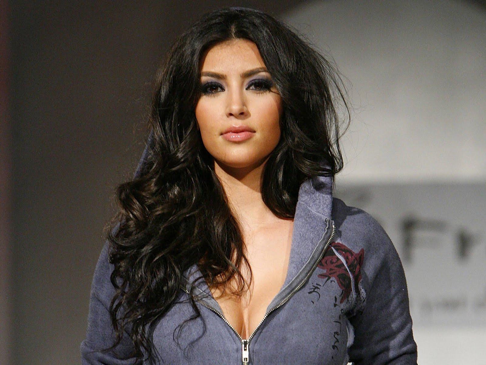 Nude Sexy Kim Kardashian
