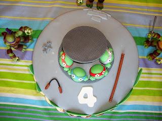 Vista cenital tarta Tortugas Ninja de fondant