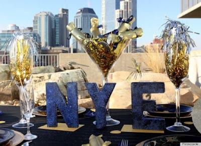 New Year Eve Party   Themes   Ideas for adults   Games   Teenagers   2017