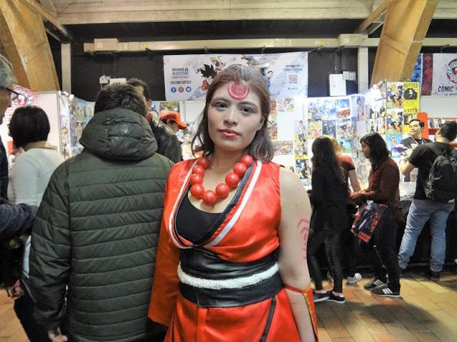 コロンビアのコスプレ美人女性画像
