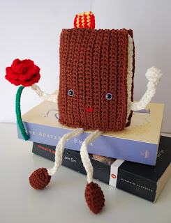 amigurumi book with rose