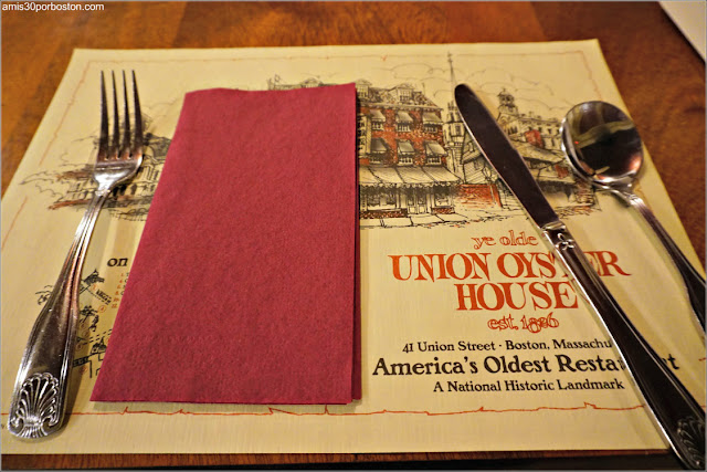 Mesa del Restaurante Union Oyster House en Boston