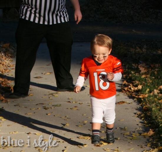 Seasonal Style Football Brothers Halloween Costume 88 More