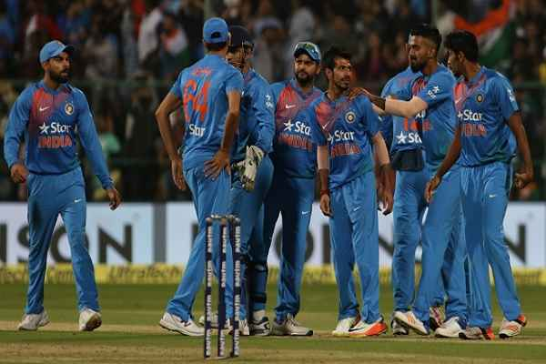 banglore-t-20-india-beat-england-win-series-from-2-1-in-hindi