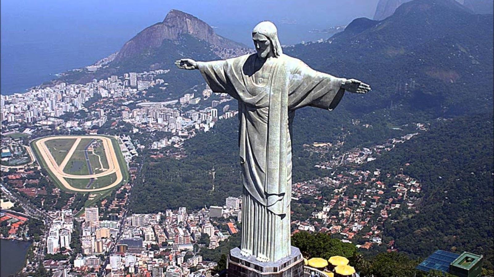 Картинки по запросу 1931 В Рио-де-Жанейро состоялось торжественное открытие статуи Христа Спасителя