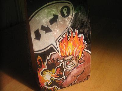 dibujo artístico en bolsa de papel