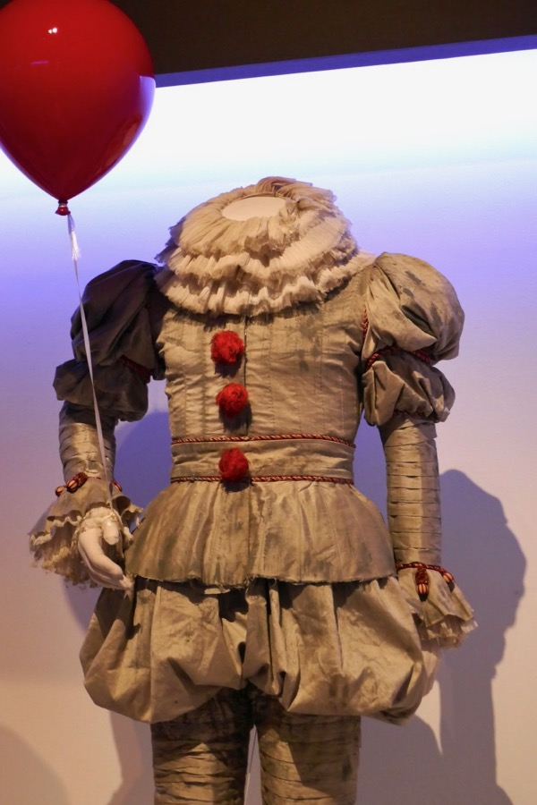 Hollywood Movie Costumes And Props Pennywise And Georgie