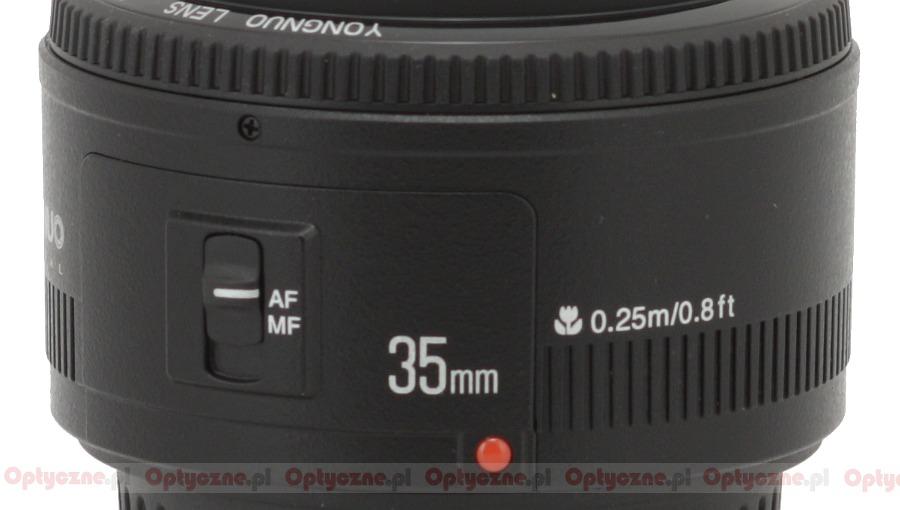 Yongnuo YN 35mm f/2.0, вид сбоку